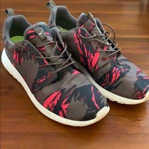 Nike Roshe GPX 'Petra Brown Tiger Camo' Men sz 11